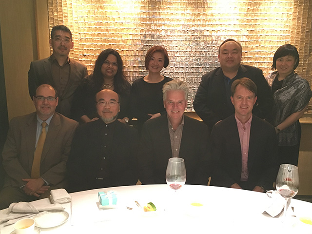 President Alan W. Cramb attends a dinner in honor of Trustee Victor Lo (DSGN '73) [seated to the left of Cramb] during a trip in March 2017 to Hong Kong.